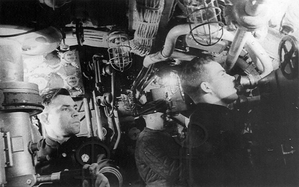 подвиг командир подводной лодки
