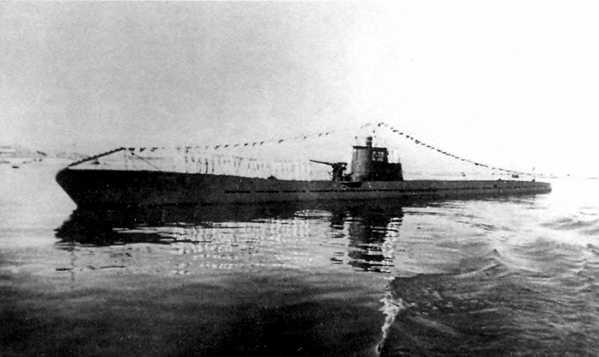 подводные лодки в устье реки лена